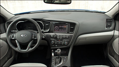 Fit And Finish Are Spot On, Thereu0027s Stitched Leather On The Dashboard And  Most Materials Within Reach Are Of The Soft Touch Type.