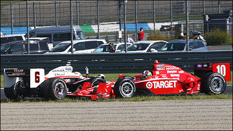 L'incident impliquant Ryan Briscoe et Dario Franchitti.