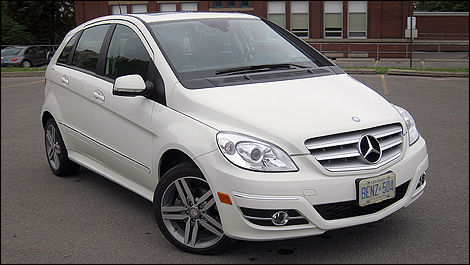 Mercedes-Benz B 200 Turbo Avantgarde 2011 vue 3/4 avant