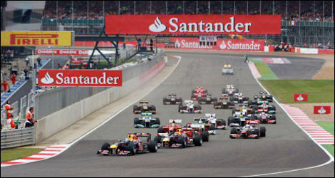 Start of the Great-Britain grand prix, Silverstone 2011. (Photo: Pirelli)