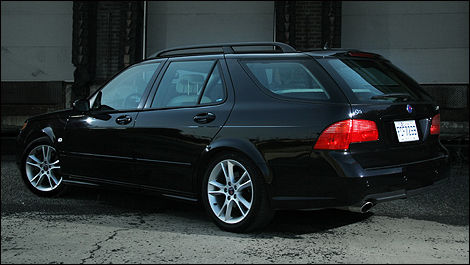 2006 Saab 9-5 rear 3/4 view