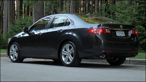 2011 acura tsx v6 tech review editor s review car reviews auto123
