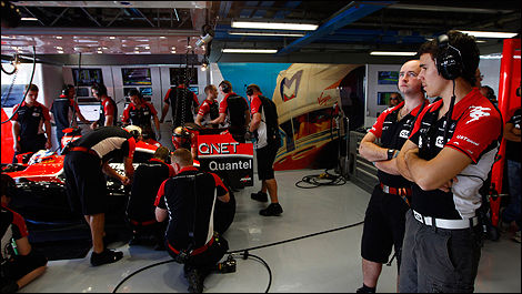 Wickens attend patiemment son tour (Photo: Marussia Virgin)