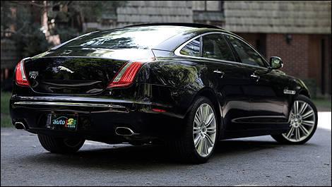 Jaguar XJ Supercharged Review Editors Review Car Reviews - 2011 jaguar xjl reviews