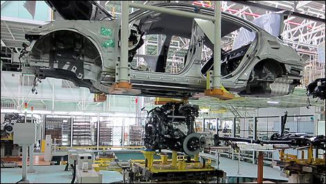 bateau usine automobile