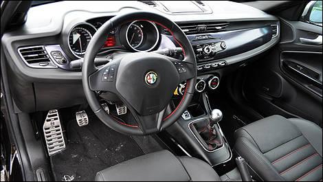2011 Alfa Romeo Giulietta Veloce Review Editor\'s Review   Car ...
