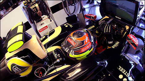 Romain Grosjean Lotus Renault F1