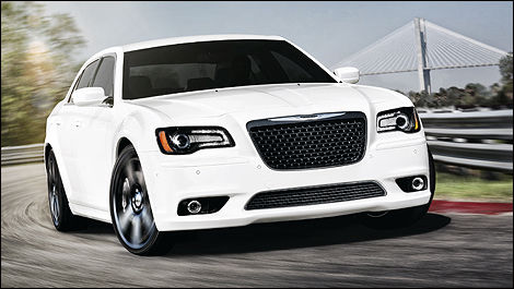 2012 Chrysler 300 SRT8 front 3/4 view