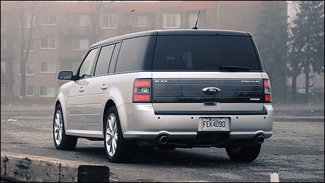 2011 ford flex titanium awd review editor 39 s review car. Black Bedroom Furniture Sets. Home Design Ideas