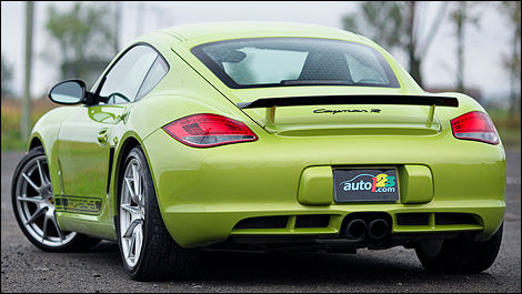 2012 Porsche Cayman R 3/4 rear view