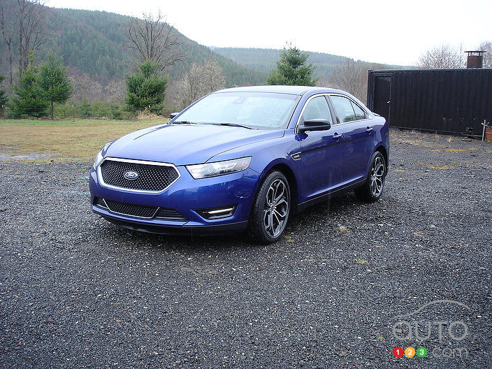 2013 ford taurus sho first impressions editor 39 s review. Black Bedroom Furniture Sets. Home Design Ideas