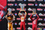 IndyCar: Helio Castroneves et Penske remportent la course de St-Petersburg (+photos)