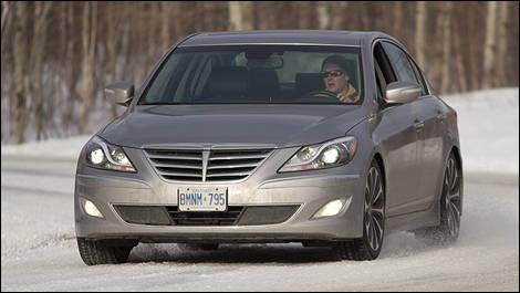 2012 Hyundai Genesis 5.0 R Spec Front 3/4 View