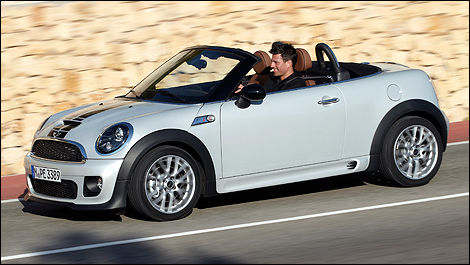2012 MINI Cooper Roadster right side view