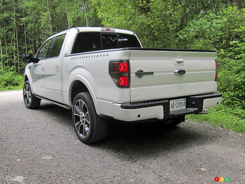 2012 Ford F-150 Harley-Davidson | Car News | Auto123