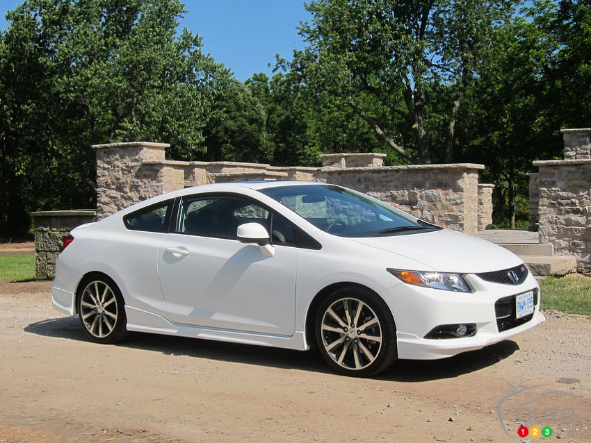 2008 Honda Civic Hybrid Review >> 2012 Honda Civic Si HFP First Impressions Editor's Review | Car News | Auto123