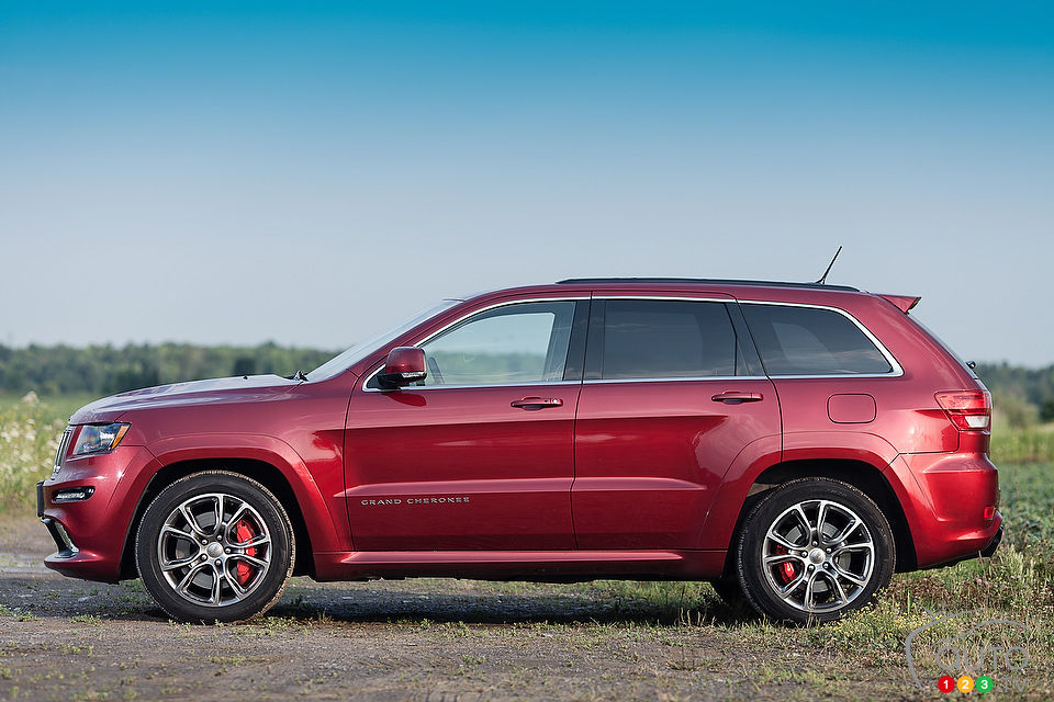 2012 Jeep Grand Cherokee SRT8 | Car Reviews | Auto123