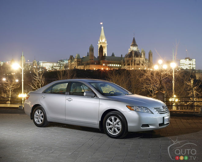 Few Family Cars Are As Sensible A Toyota Camry And With Retion For Reliability High Re Value S Bread Er Model Is An