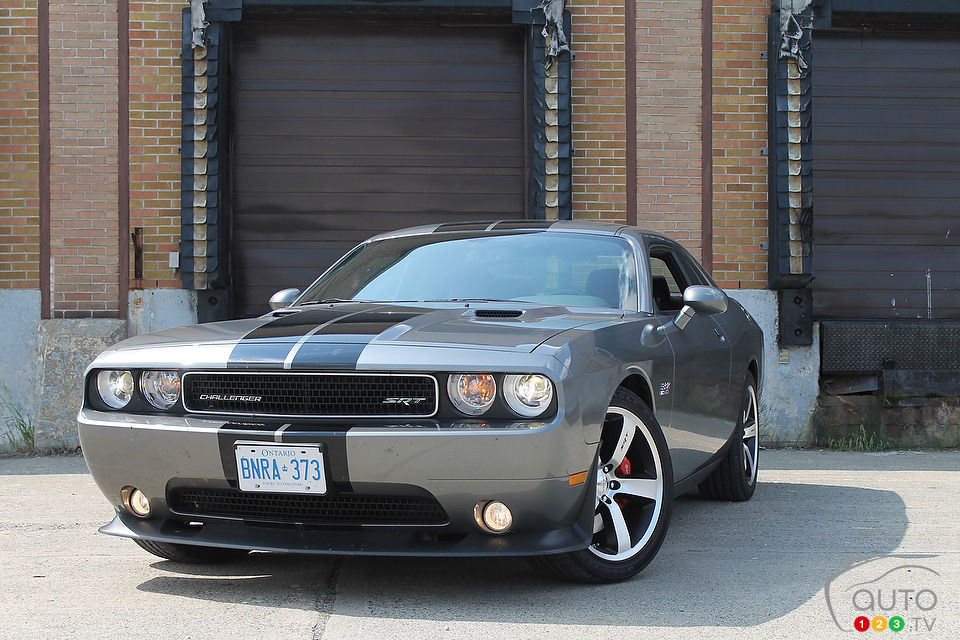 dodge challenger srt8 392 2012 actualit s automobile auto123. Black Bedroom Furniture Sets. Home Design Ideas
