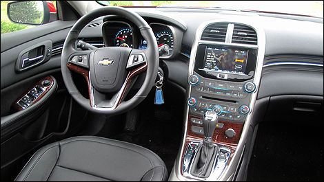 2013 Chevrolet Malibu dashboard