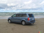 2012 Chrysler Town & Country Limited Review