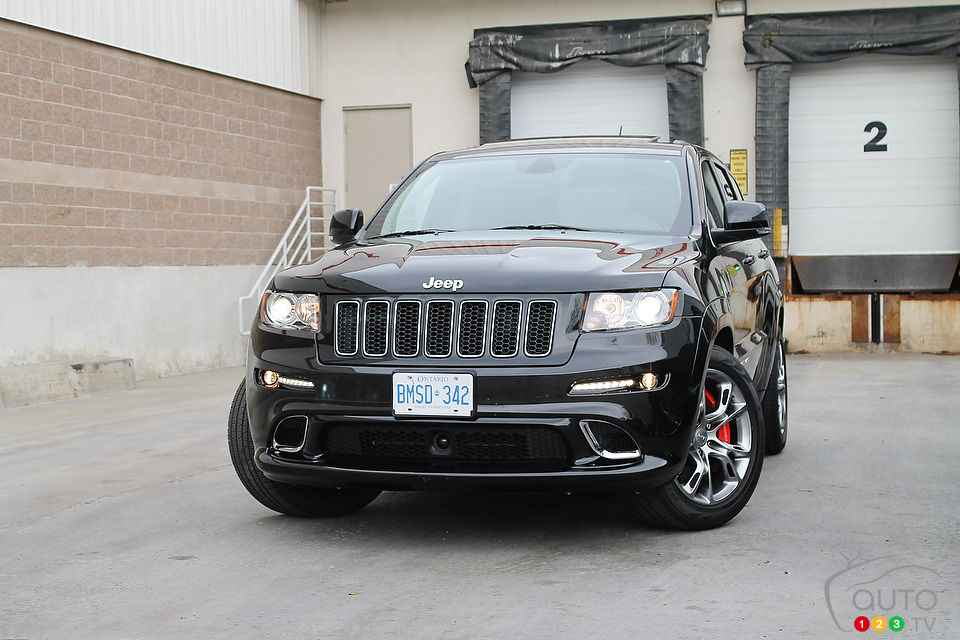 jeep grand cherokee srt8 2012 actualit s automobile auto123. Black Bedroom Furniture Sets. Home Design Ideas