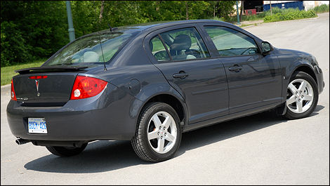 Pontiac G5 Pursuit Used Car News Auto123
