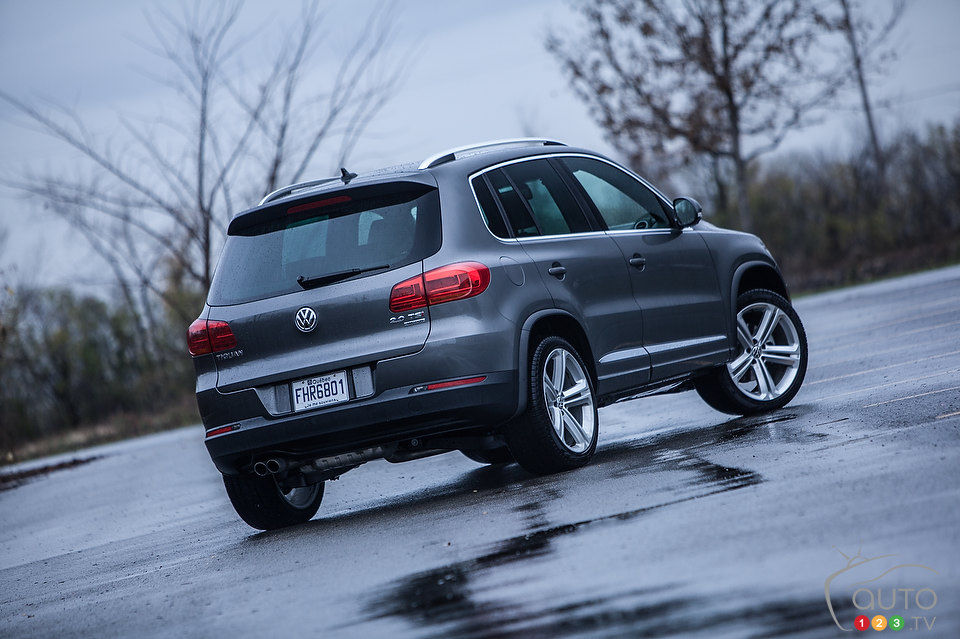https://picolio.auto123.com/art-images/150045/volkswagen-tiguan-highline-2013_001.jpg?scale=960x639