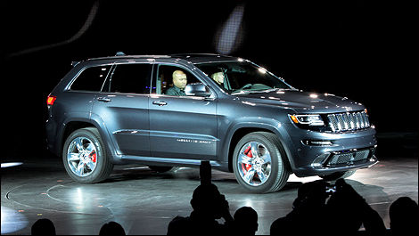 Jeep Grand Cherokee SRT 2014 vue 3/4 avant