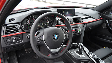 BMW 335i 2013 habitacle