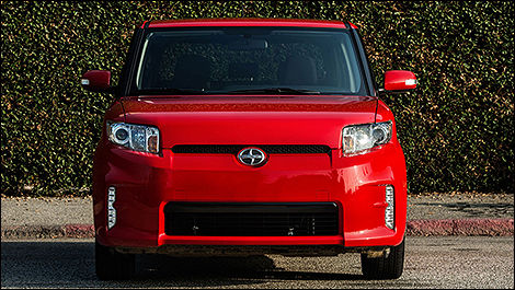Scion xB 2013 vue face