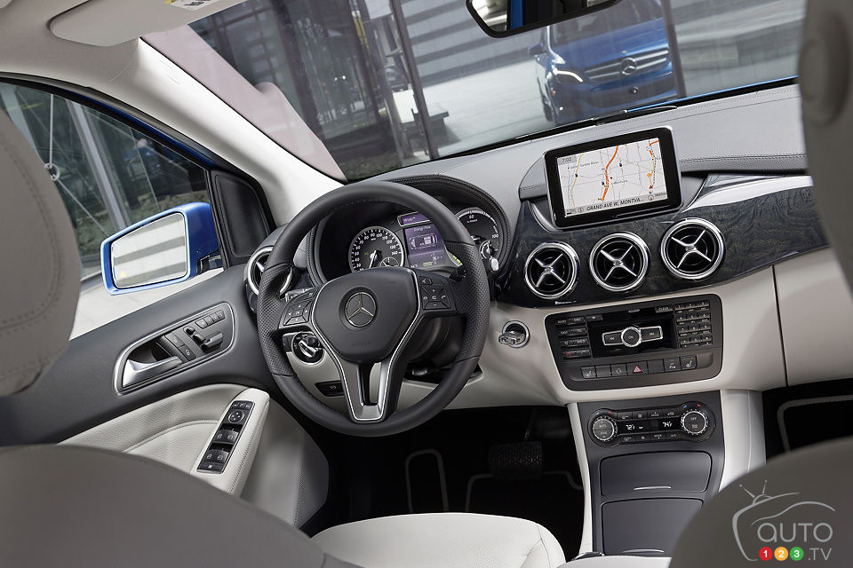 La Mercedes-Benz Classe B 2014 Electric Drive à New York Mercedes-ClasseB-2014-Elec-03
