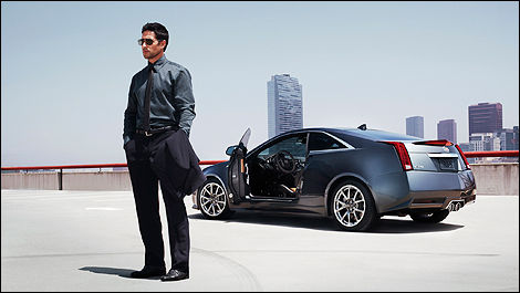 2013 Cadillac CTS Coupe rear 3/4 view