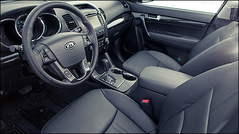 Kia Sorento EX luxury 2012 habitacle