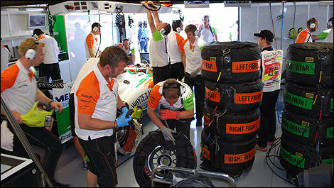 F1 Sahara Force India garage