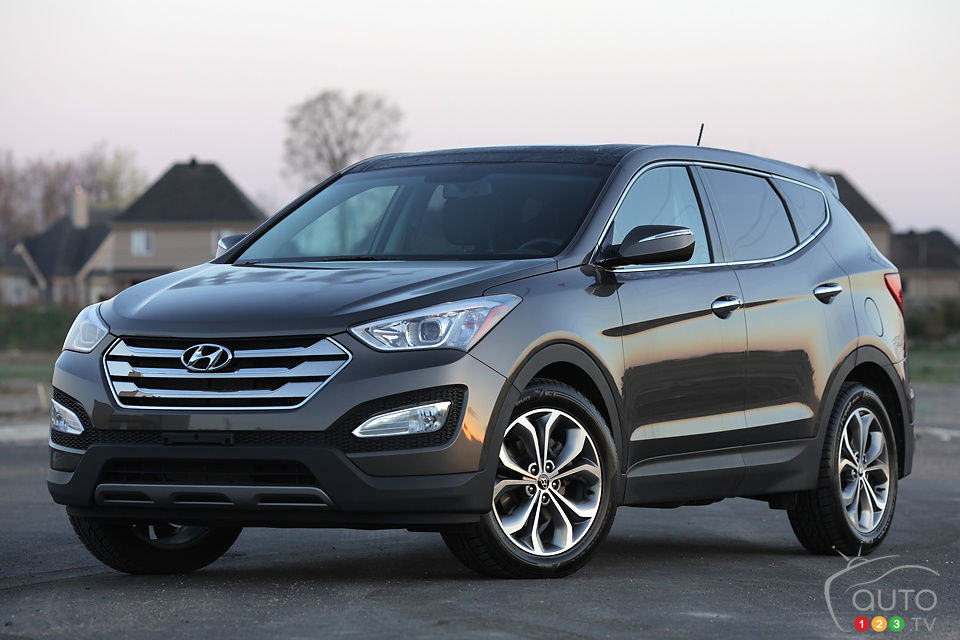 Review Highlights. 2013 Hyundai Santa Fe ...