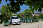 Renault supplies EVs to Ch�teau de Versailles