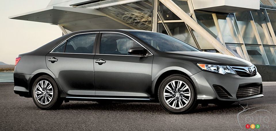 2014 Toyota Camry Starting At 23 700 Car News Auto123