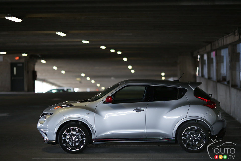 2013 nissan juke nismo review editor 39 s review car. Black Bedroom Furniture Sets. Home Design Ideas