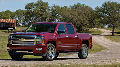 Chevrolet Silverado High Country 2014 vue 3/4 avant