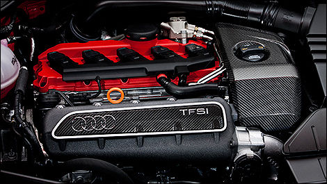 2013 Audi TT RS Coupe 2.5 TFSI quattro engine