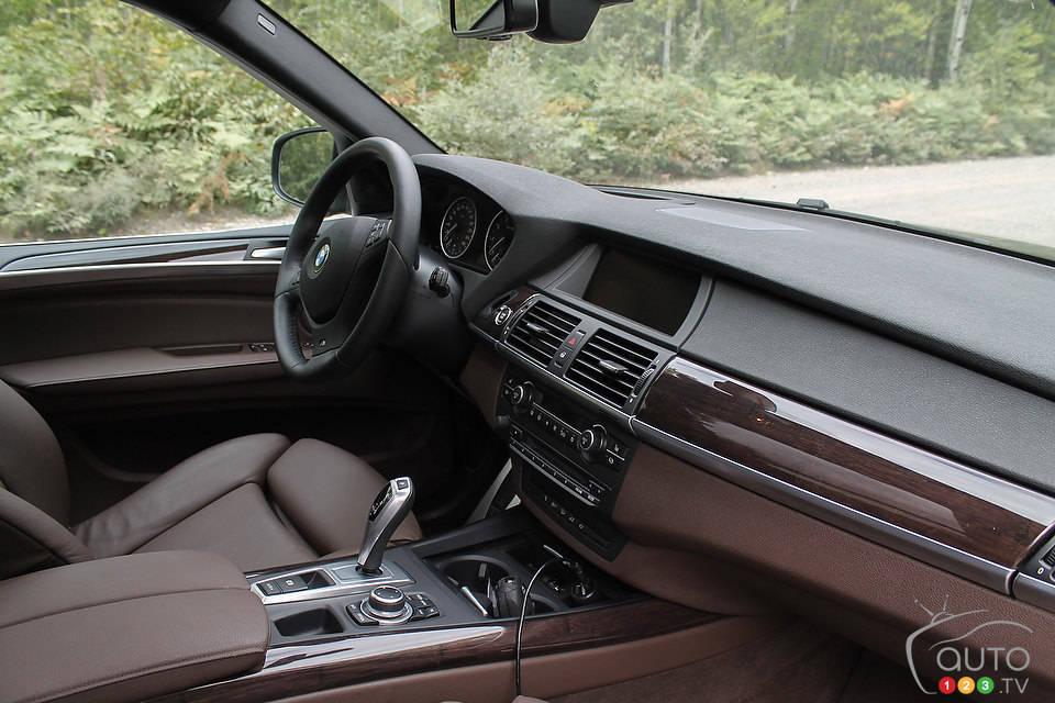 x5 xdrive35i bmw auto123