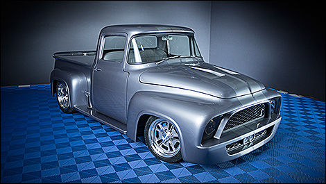 159 Ford F-100  Snakebit