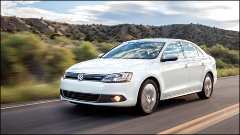 volkswagen canada issues recall on tiguan jetta hybrid. Black Bedroom Furniture Sets. Home Design Ideas
