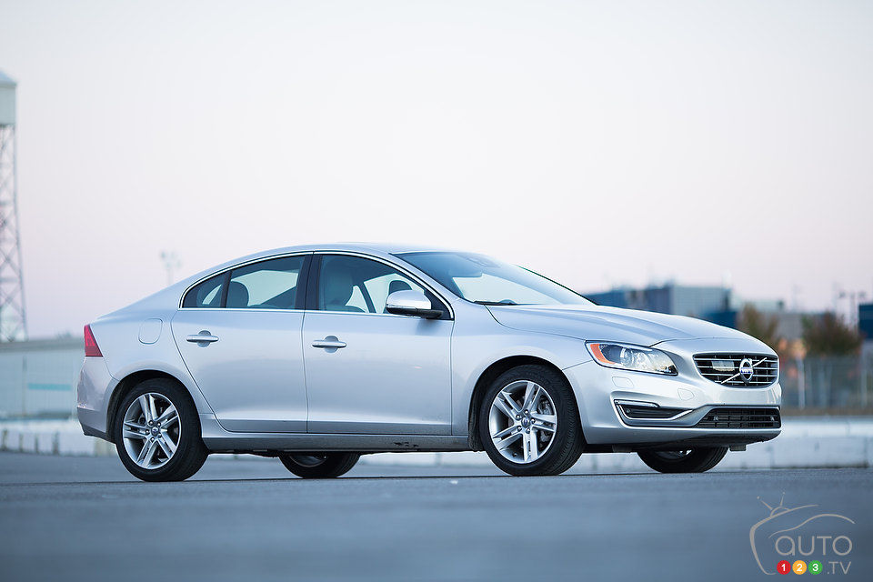 2014 volvo s60 t6 awd platinum review editor 39 s review. Black Bedroom Furniture Sets. Home Design Ideas