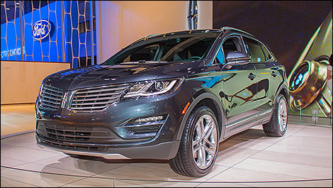 2015 Lincoln MKC 3/4 view