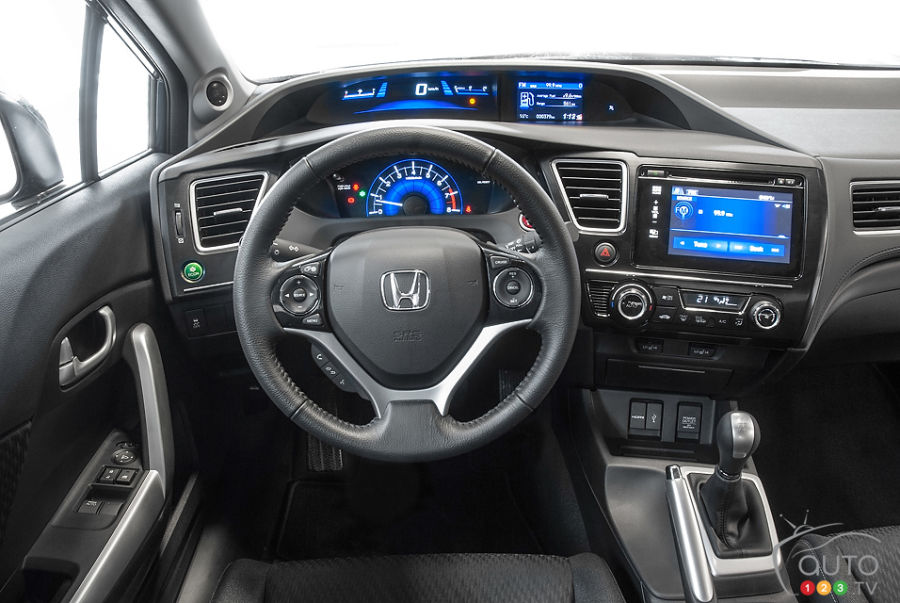 Driving impressions 2014 accord autos post for Honda civic 9 interieur