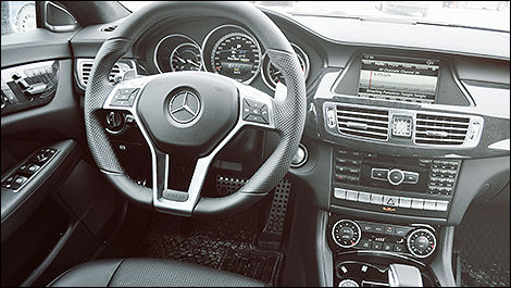 Mercedes-Benz CLS 63 AMG 2014 habitacle
