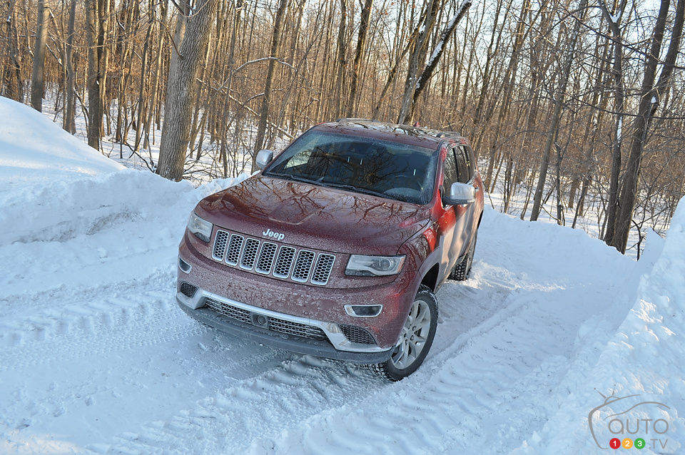 2014 jeep grand cherokee summit ecodiesel review editor 39 s review car reviews auto123. Black Bedroom Furniture Sets. Home Design Ideas