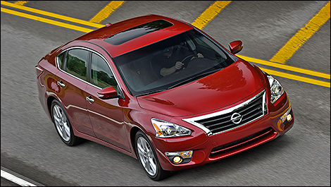 2014 Nissan Altima 2.5 3/4 View